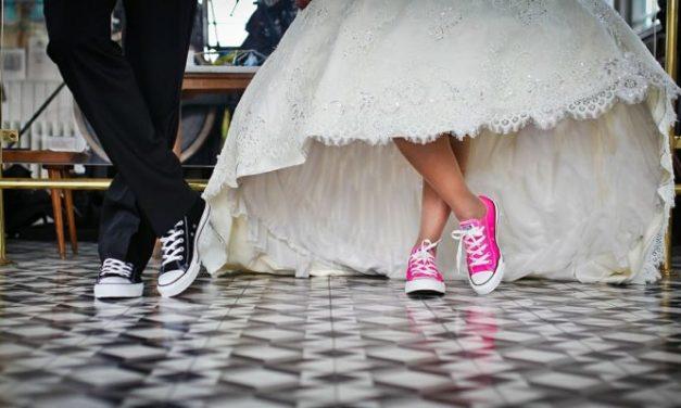 Kam všude oznámit změnu rodinného stavu a příjmení po sňatku?